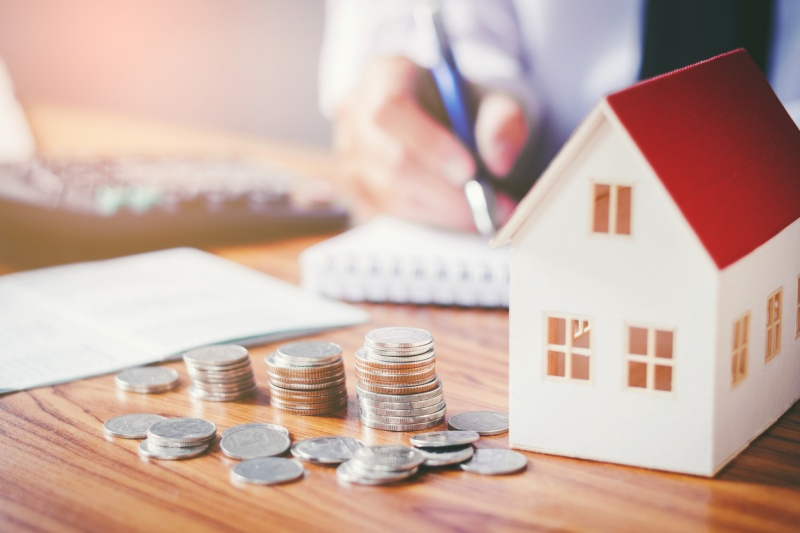 How to Save on Mortgage Costs